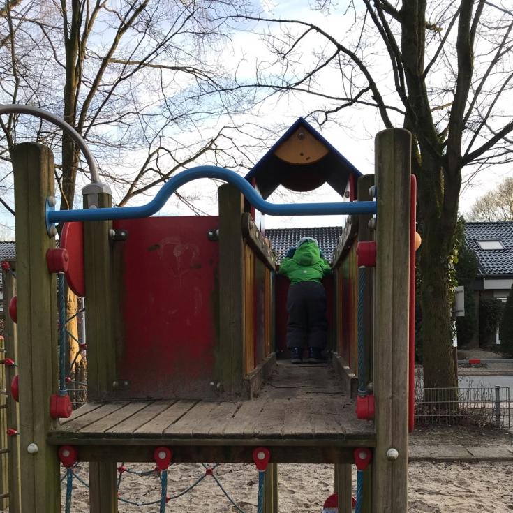 Bild 1: Spielplatz Parkallee