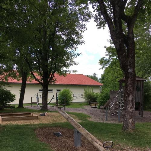 Bild 1: Spielplatz Pavillon