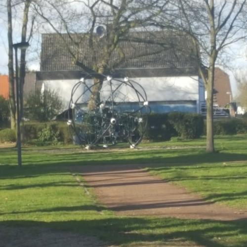 Bild 3: Spielplatz Schiefbahn Park