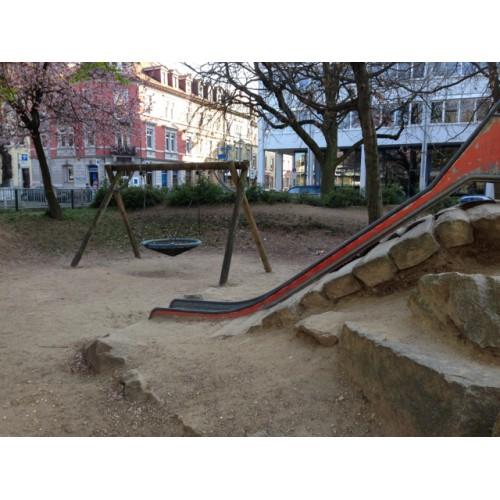 Bild 3: Spielplatz Stühlingerplatz