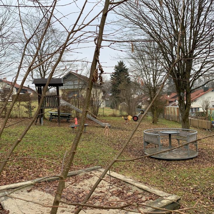 Bild 1: Spielplatz Tassilostraße