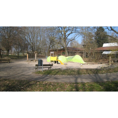 Bild 3: Spielplatz vom Evang. Waldheim Möhringen