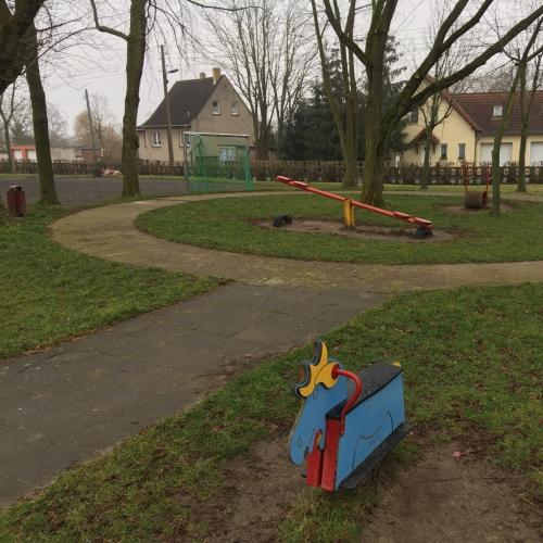 Bild 5: Spielplatz Wehlitz