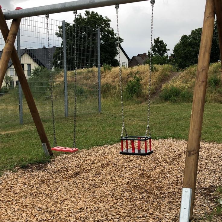 Bild 3: Spielplatz West Haßloch
