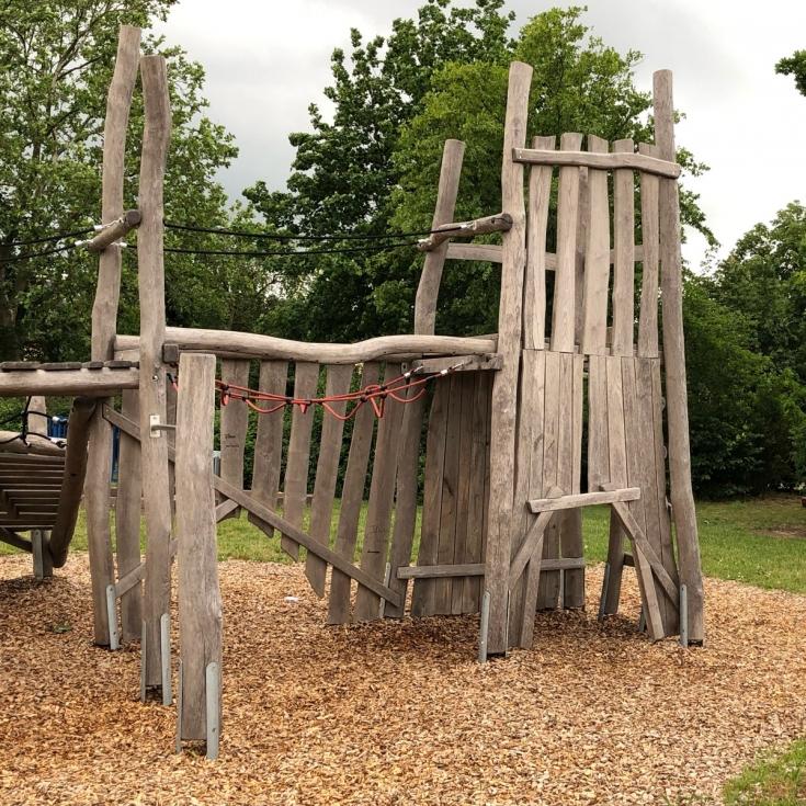 Bild 2: Spielplatz West Haßloch