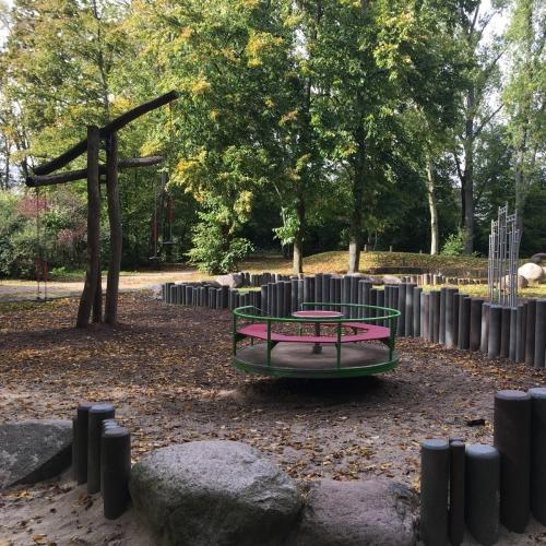 Bild 1: Spielplatz Zeilsheim