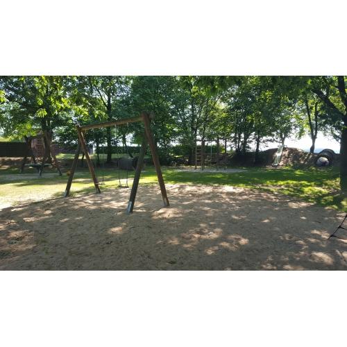 Bild 3: Spielplatz Zum Junkernwald