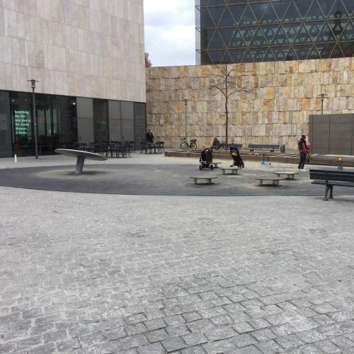 Bild 1: St. Jakobs Platz / bei der Synagoge