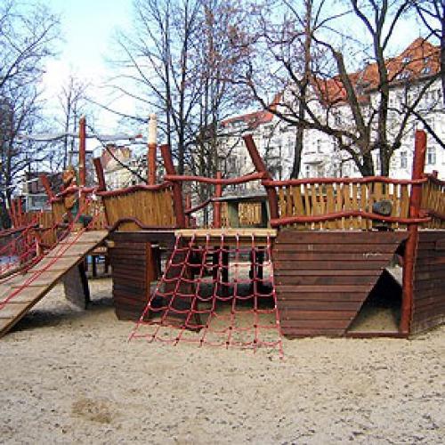 spielplatz tegeler weg bonhoeffer ufer in berlin. Black Bedroom Furniture Sets. Home Design Ideas