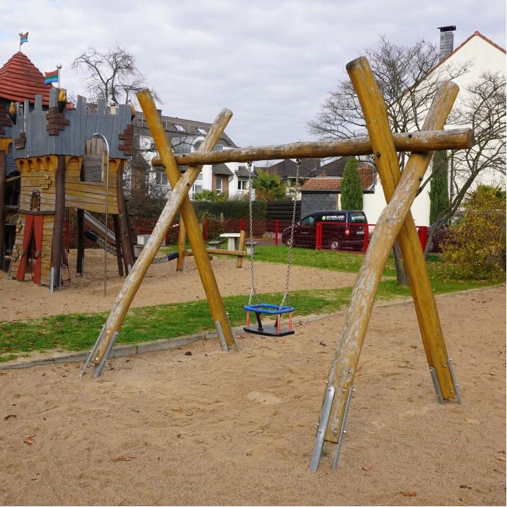 Bild 1: Unterm Dorfgarten