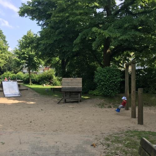 Bild 2: Vom-Bruck-Platz