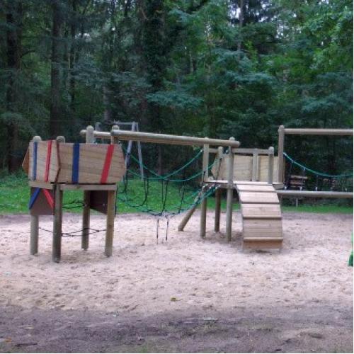 Bild 1: Waldspielplatz Im Winkel