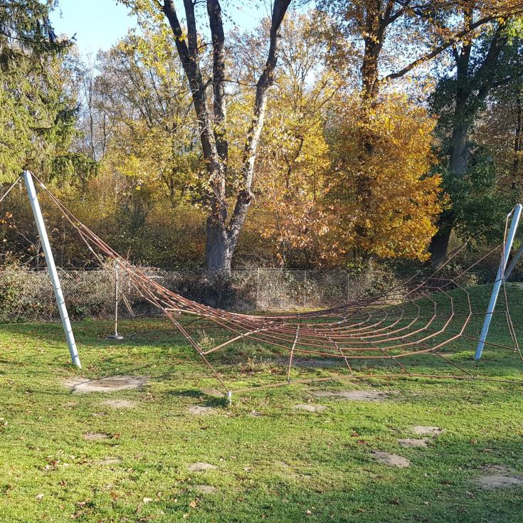 Bild 2: Waldspielplatz Raderbroich