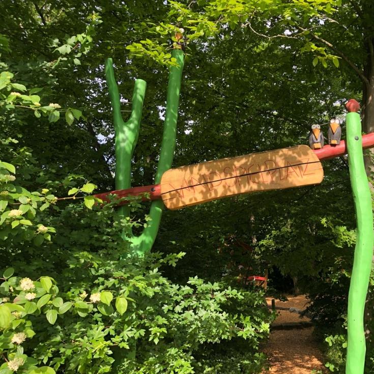 Bild 2: Waldspielplatz Zeppelinstraße