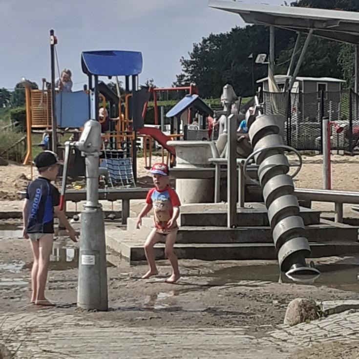 Bild 1: Spielplatz am Strandweg
