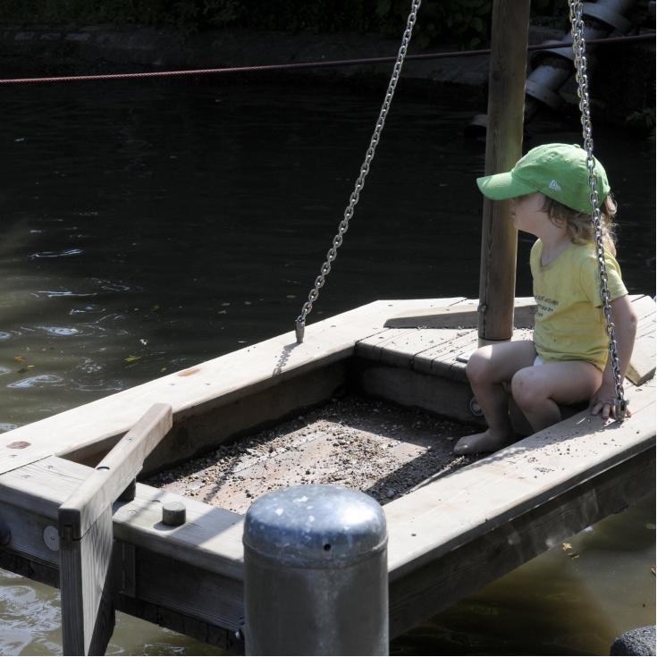 Bild 1: Wasserspielplatz im Freilichtmuseum