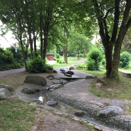 Bild 1: Wasserspielplatz Mülheim-Kärlich
